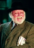 richard-attenborough-santa